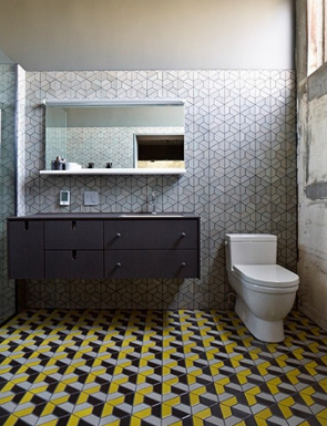 custom tile work is one of 2015's bathroom remodeling trends